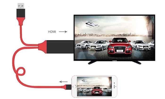 2 מתאם HDMI המחבר בין הסמארטפון לטלוויזיה