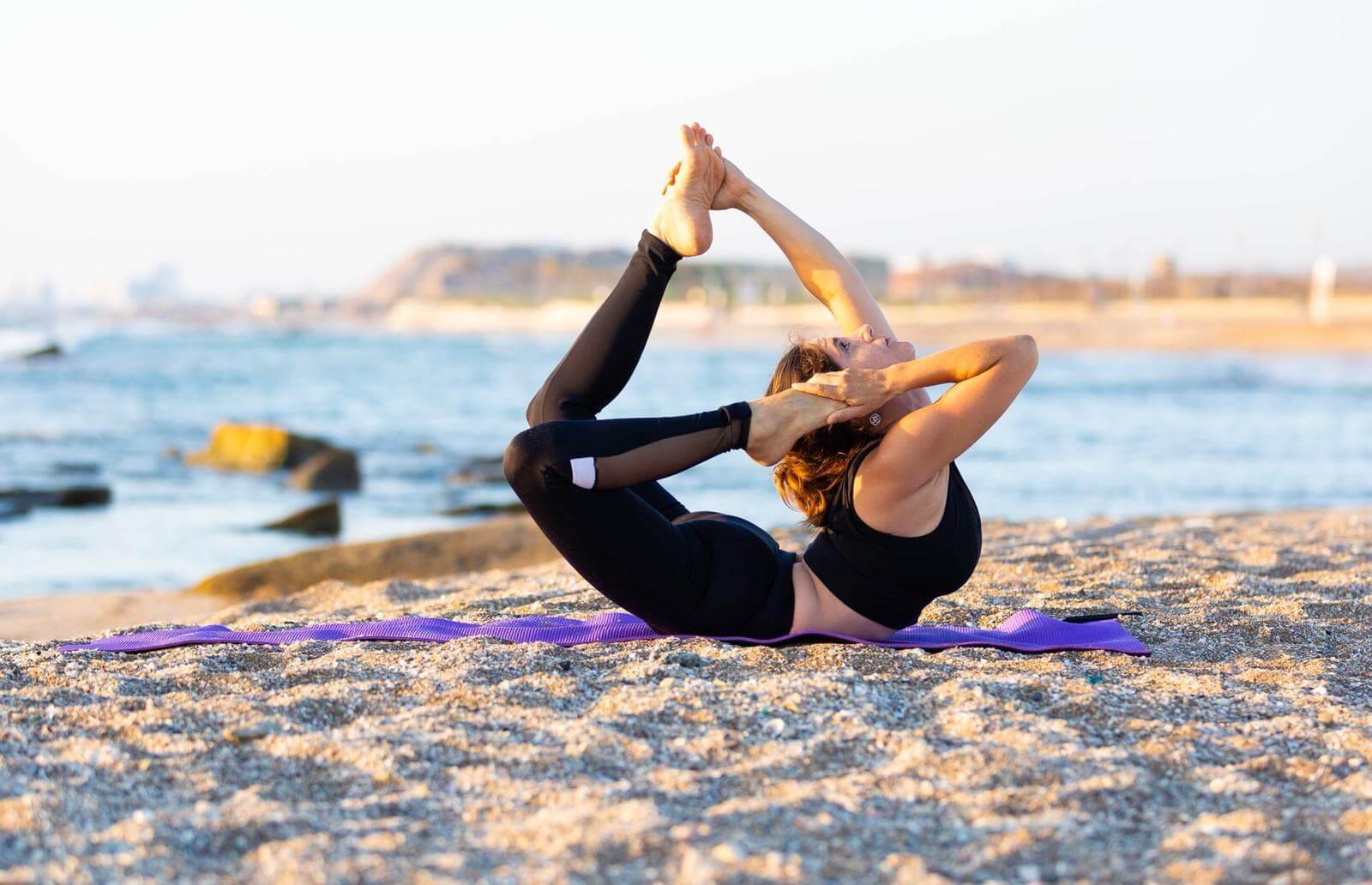 9 שיעור יוגה פרטי עם טל ארונס, תל אביב
