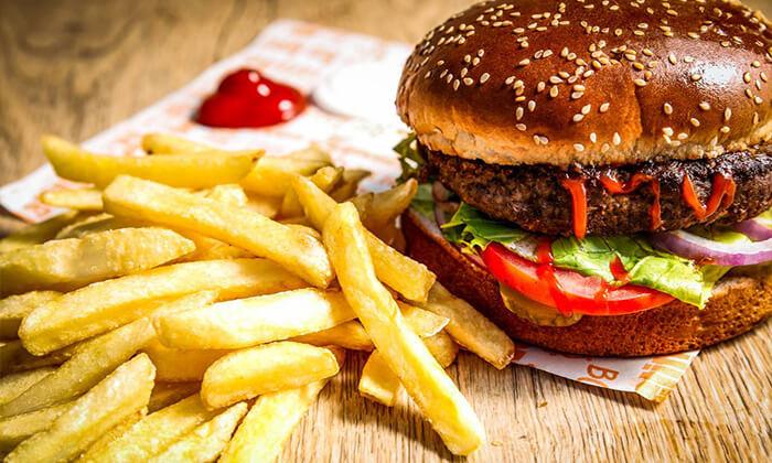 3 ארוחת המבורגר זוגית במסעדת הקציצה, נס ציונה