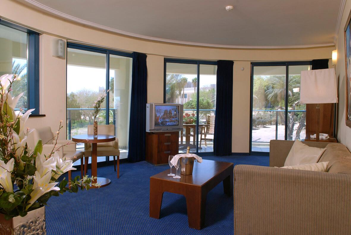 5 מלון סנטרל פארק אילת, כולל טיסות