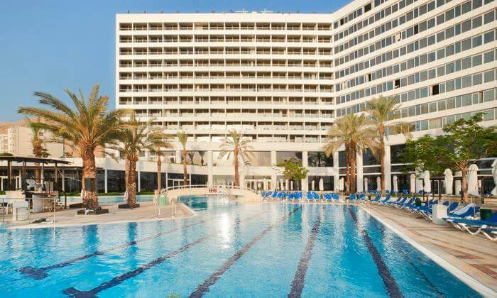 5 יום כיף זוגי במלון קראון פלזה, ים המלח