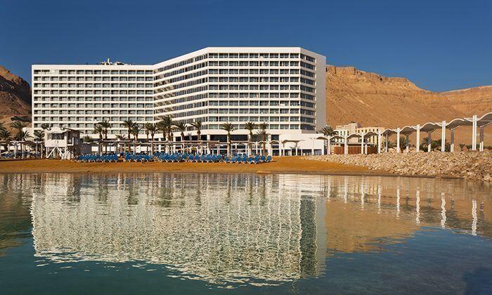 6 יום כיף זוגי במלון קראון פלזה, ים המלח