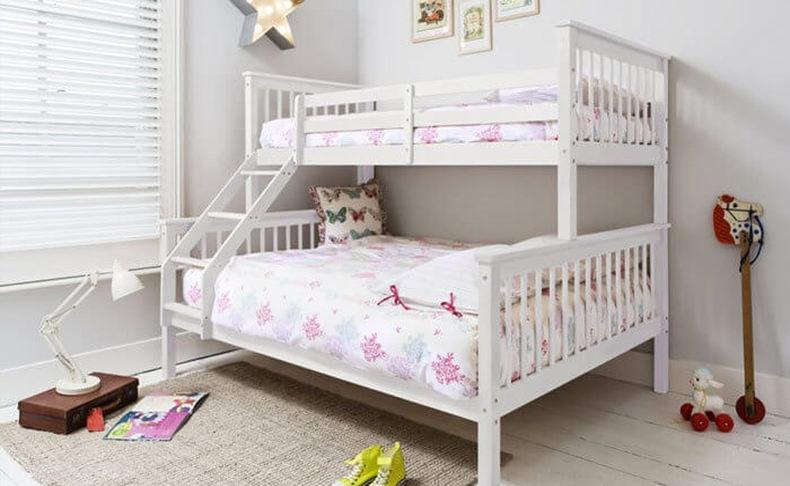 מיטת קומותיים מעץ מלא