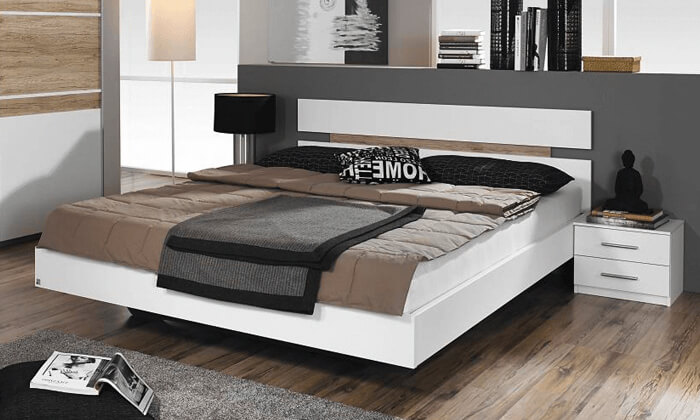 6 שמרת הזורע: מיטה מרחפת וזוג שידות