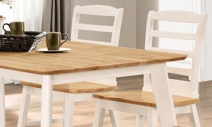 4 פינת אוכל מעץ מלא עם כסאות