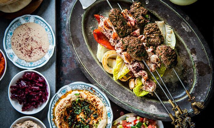2 ארוחת שיפודים זוגית במסעדת מג'די בוויצמן, כפר סבא
