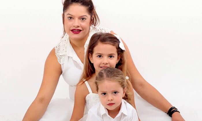 10 הגדלת תמונה, צילומי הריון, משפחה או ילדים בסטודיו ג'וני, צור הדסה