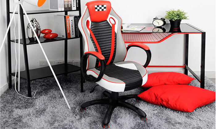2 כסא בעיצוב מכונית מירוץ