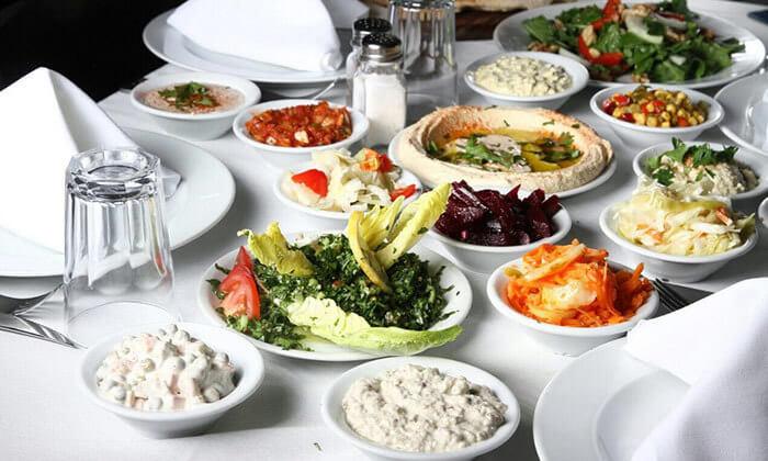 4 ארוחה במסעדת שיפודי התקווה בנמל תל אביב