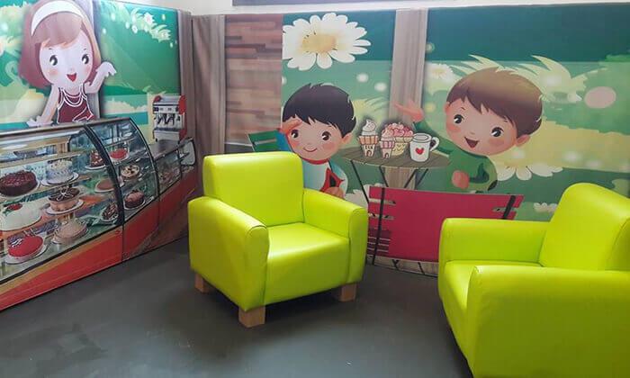 7 כניסה למתחם ג'ימבולי לילדים, ב-A CENTER חדרה