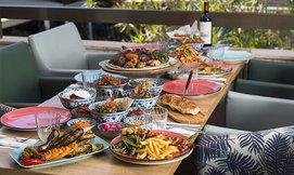 ארוחה זוגית במסעדת צ'ומה