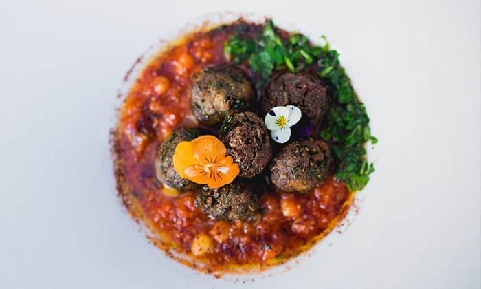 6 Groupon Premium | ארוחת טעימות כשרה במסעדת האקליפטוס של שף משה בסון