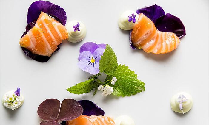 7 Groupon Premium | ארוחת טעימות כשרה במסעדת האקליפטוס של שף משה בסון