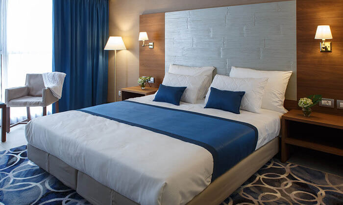 2 מלון בוטיק אקסקלוסיבי, כולל חמי געש