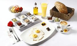 ארוחת בוקר ישראלי באלפרדו