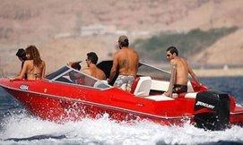 סירת מנוע לנהיגה עצמית בכנרת
