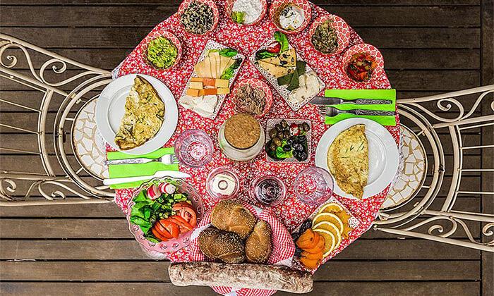 8 מתחם אירוח כפרי ורומנטי בגליל - טבע, שקט ושלווה