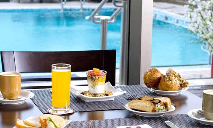 3 ארוחת בוקר במלון לאונרדו סיטי טוואר, רמת גן