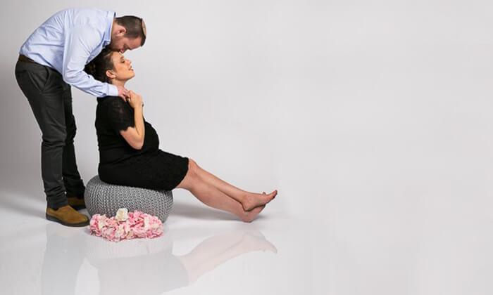 5 סשן צילומי הריון או משפחה בסטודיו לנסר, מודיעין