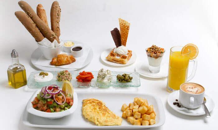 3 ארוחת בוקר ל-10 או 20 סועדים בלונדון רסטו-קפה, טיילת הרברט סמואל