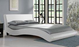 מיטת נוער רחבה בעיצוב מעוגל