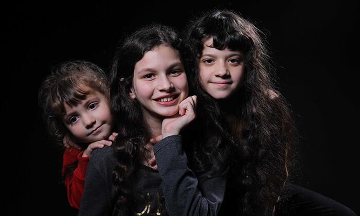 2 סשן צילומי תדמית בסטודיו לצילום אומנותי של אריאלה ביפו