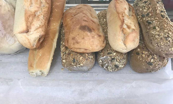 5 ארוחת שניצל בבאגט - הבגט הלוהט, החשמל תל אביב