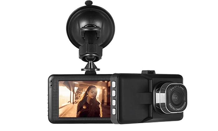 6 מצלמת רכב דו כיוונית