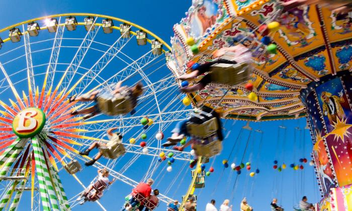 3 דיל חגיגת קיץ: טיול פארקים למשפחות בצפון איטליה, כולל חגים