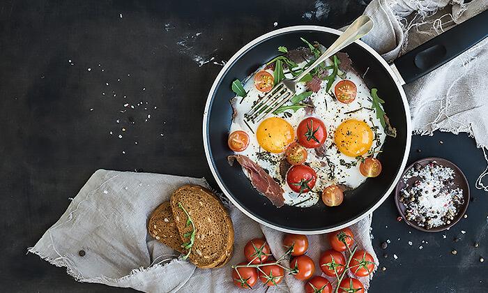 2 ארוחת בוקר זוגית במסעדת אבו זאקי בבן יהודה
