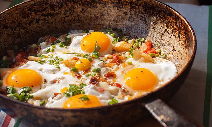 4 ארוחת בוקר זוגית במסעדת אבו זאקי בבן יהודה