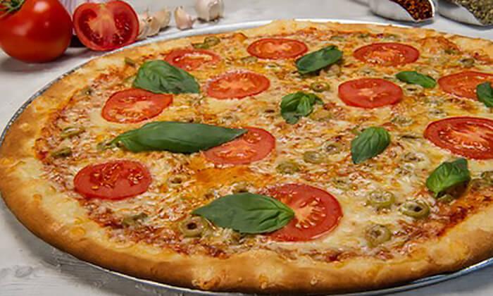 2 פיצה משפחתית בפיצה פרנקל, פלורנטין