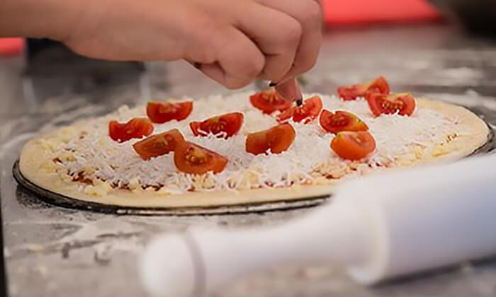 6 פיצה משפחתית בפיצה פרנקל, פלורנטין