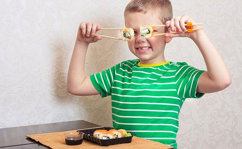סדנה להכנת סושי לילדים