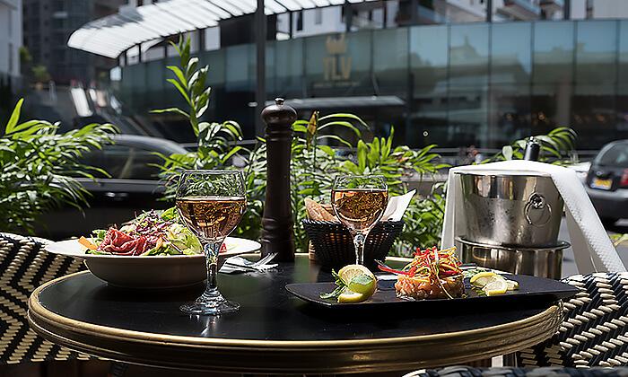 8 ארוחת שף זוגית במסעדת RESTO הכשרה בתל אביב