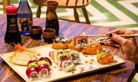 ארוחת סושי זוגית ב-SUSHIMAN