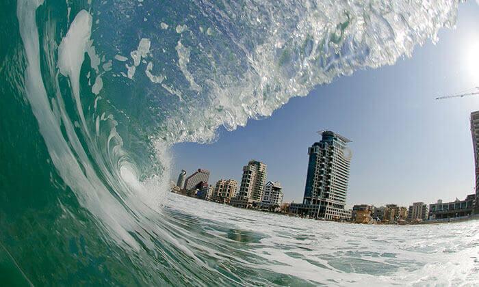 3 שיעור סאפ זוגי או שיעור גלישת גלים קבוצתי - צ'ילי בית ספר לגלישה, תל אביב