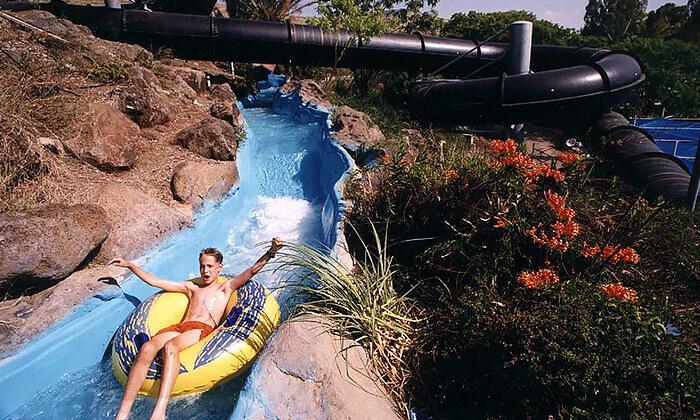 5 לונה גל חוף גולן - כרטיס כניסה בהנחה לפארק המים המוביל בצפון