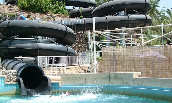 6 דיל חגיגת קיץ: כרטיס כניסה לפארק המים לונה גל, חוף גולן