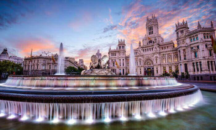 2 מאורגן למדריד, בירת ספרד היפה - קיץ וחגים