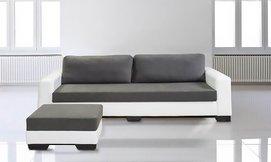 ספה תלת-מושבית עם הדום