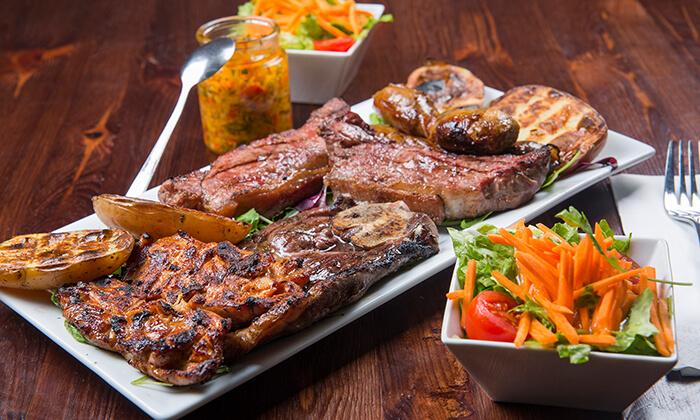 8 ארוחת בשרים זוגית במסעדת פיקניה הכשרה, רעננה