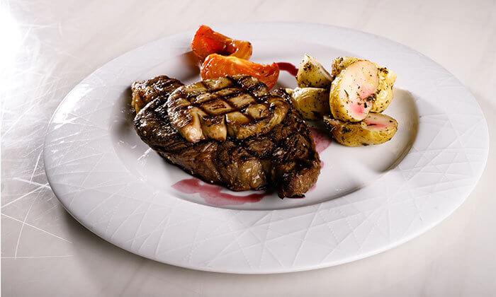 2 ארוחה זוגית במסעדת לאגו, מעלה אדומים