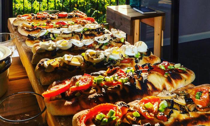 10 ארוחת שף ואירוח לאירועים קטנים בביתו של שף שימי סרן, מושב כסלון