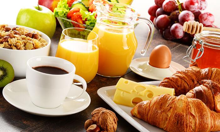8 עיסוי וארוחת בוקר בספא סוליי בוטיק, אילת