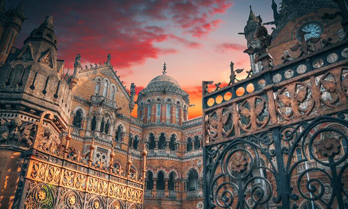 4 טיול מאורגן בהודו - 8 ימים של ארמונות, מקדשים ורכיבה על פילים