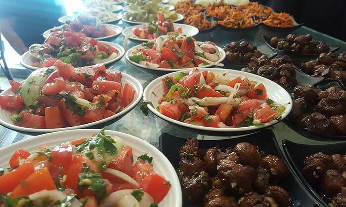 5 דיל חגיגת קיץ: ארוחה במסעדת הקצבים הכשרה בשוק מחנה יהודה, ירושלים