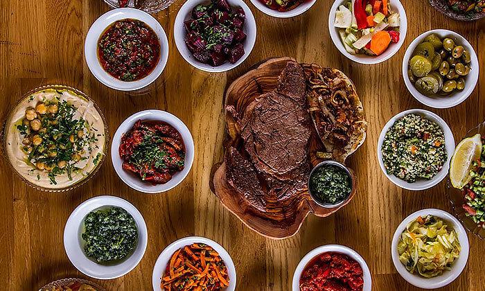 7 דיל חגיגת קיץ: ארוחה במסעדת הקצבים הכשרה בשוק מחנה יהודה, ירושלים