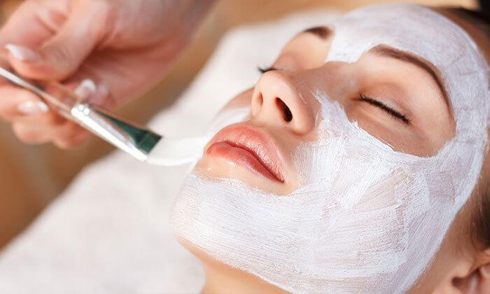3 טיפולי פנים אצל שירי ניר - קוסמטיקאית פרא-רפואית, הוד השרון