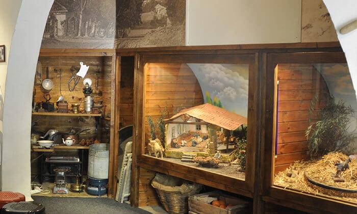 8 מוזיאון החאן חדרה - כרטיס כניסה